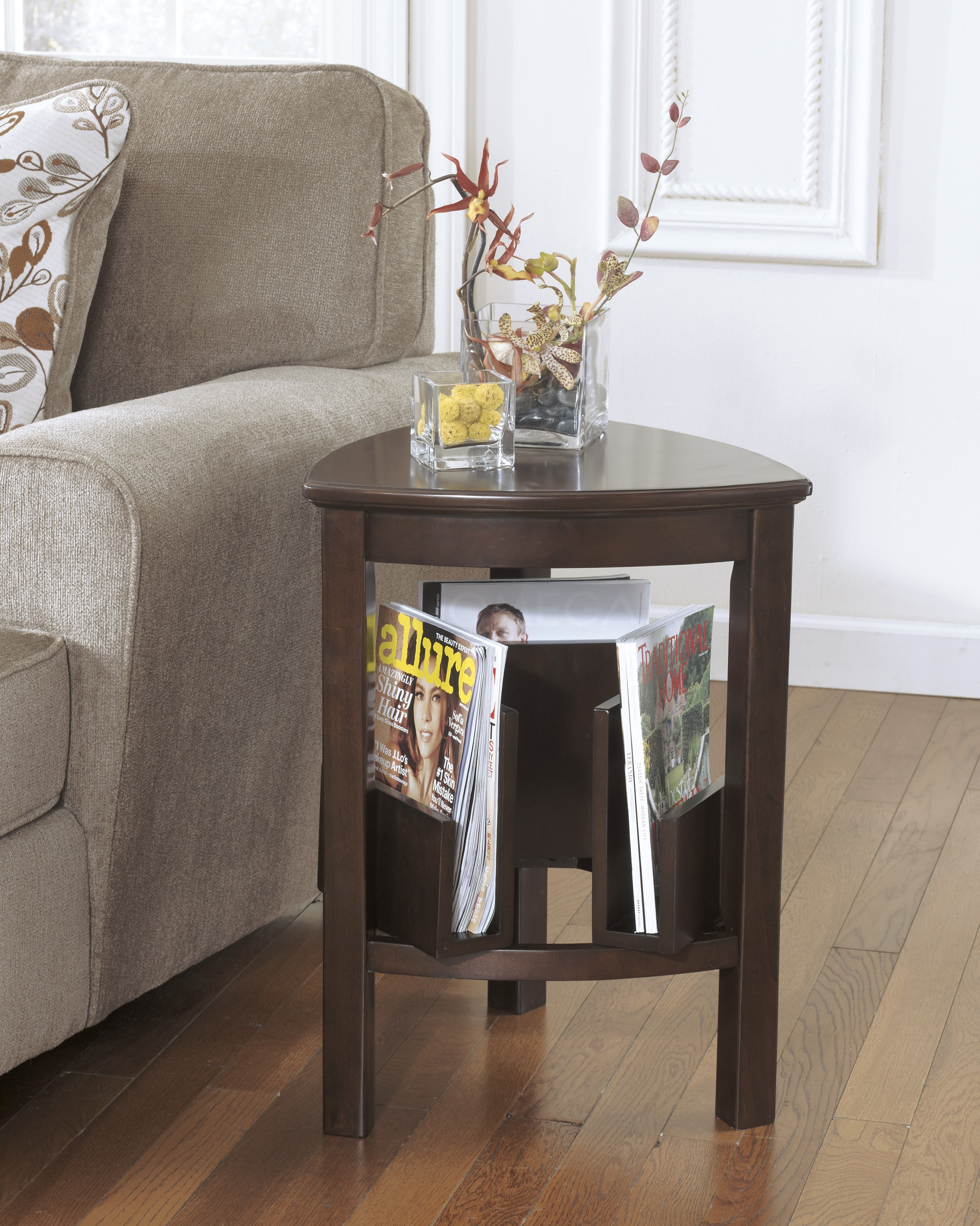 Larimer Triangle End Table By Ashley Furniture T654 6