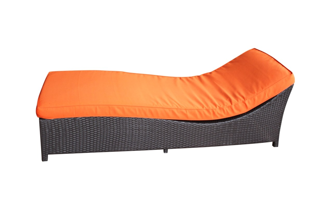 Winston outdoor chaise lounge by casual madison for Casual chaise lounge