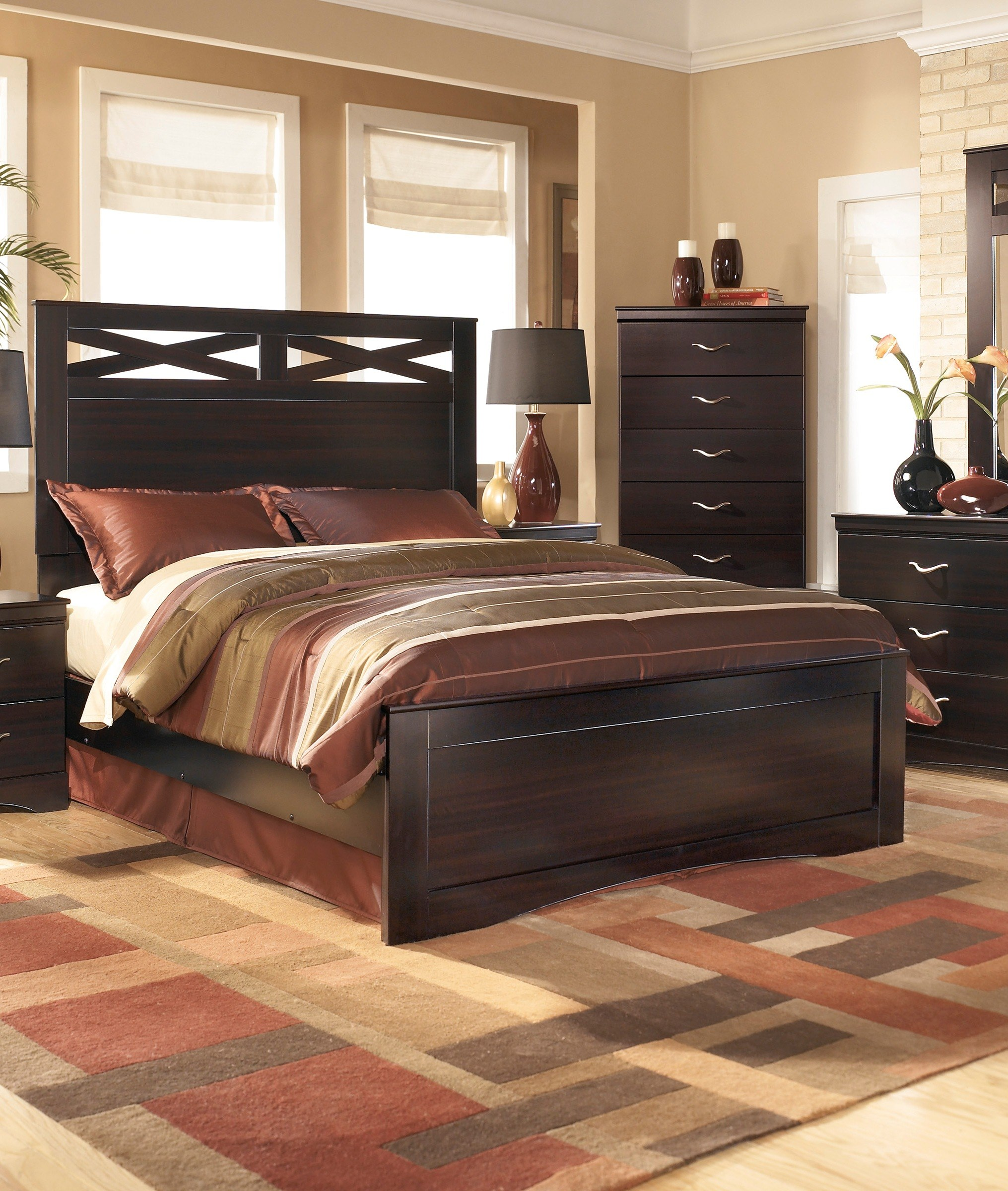 Signature Design By Ashley X Cess Queen Panel Bed B117 57 54 96