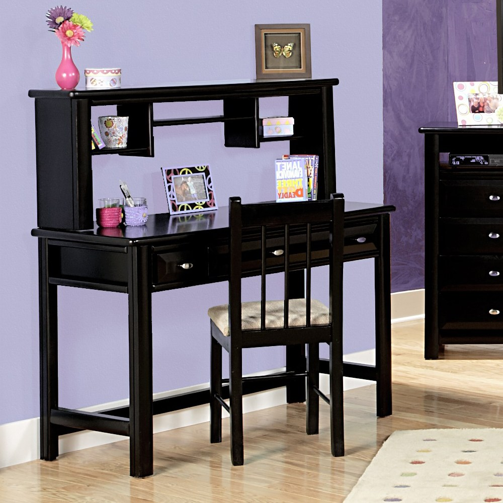 three drawer student desk with hutch with black cherry finish by chelsea home. Black Bedroom Furniture Sets. Home Design Ideas